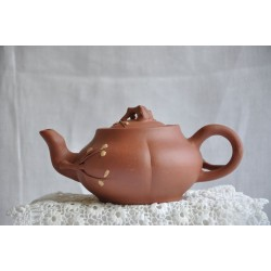 Yixing Chinese Teapot made of Zisha Red Clay