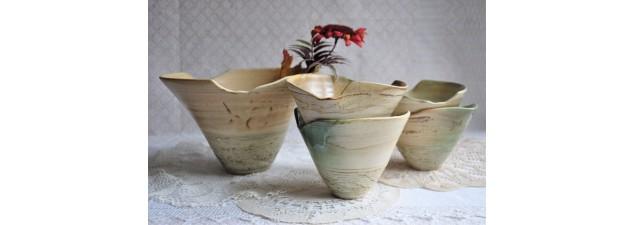 Service en poterie design signé