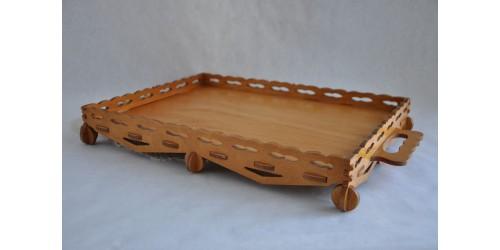 Plateau de service artisanal en bois ajouré