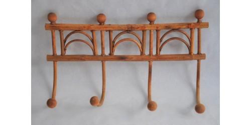 Portemanteau ou patère en bois et rotin vintage