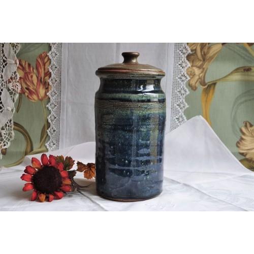 Lidded Signed Art Pottery Stoneware Jar