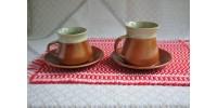 Grandes tasses à café en grès marquées SIAL
