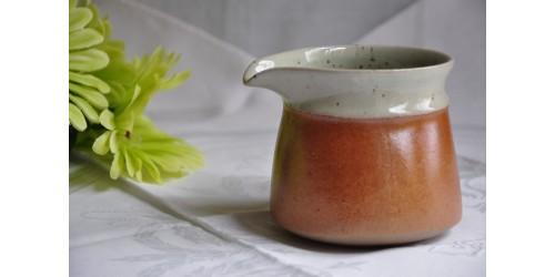 Sial Oval Off-White W/Rust Ceramic Creamer