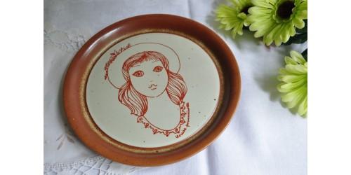 Assiette décorative Sial signée Louise Pomminville-2