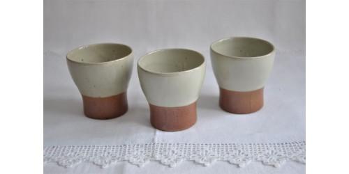 Trois verres gobelets SIAL Oval en grès