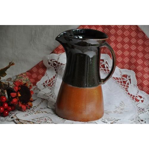 Pichet Sial en grès rouille et brun-noir