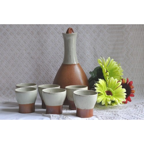 Design Sial Pottery Famous Oval Decanter Set
