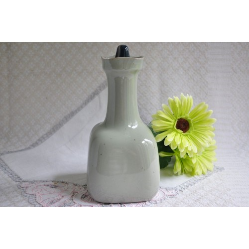 Design Sial Ceramic Decanter with Stopper