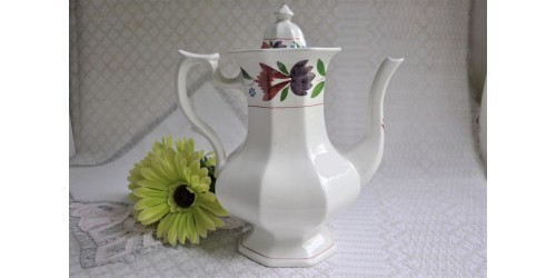 Adams Old Colonial Micratex Coffee Pot