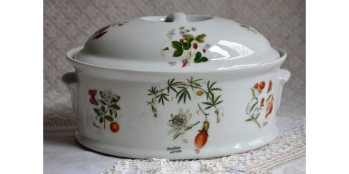 Terrine en porcelaine Lourioux France