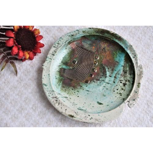 Assiette murale en poterie d'art cuisson Raku