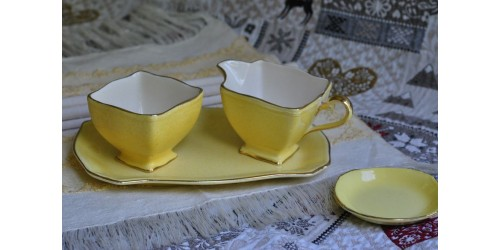 Royal Winton Grimwades Cream & Sugar Set
