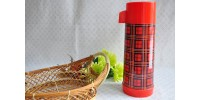 Grand thermos Aladdin à carreaux rouge et noir