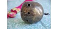 Cloche orientale ancienne en laiton martelé