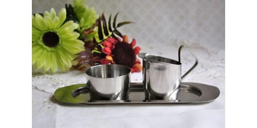Ensemble sucrier, crémier et plateau en inox