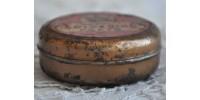 Boîte de métal de pâte à souder dentaire