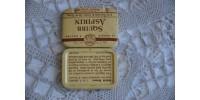 Petite boîte d'aspirines Squibb en fer blanc