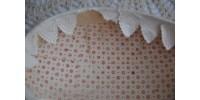 Boîte à oeuf de Pâques en papier mâché