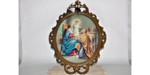 Cadre en laiton à verre bombé avec sujet religieux rétroéclairé