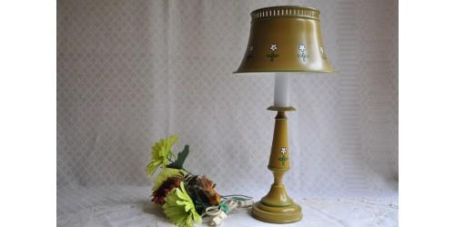 Petite lampe de table vintage en métal peint