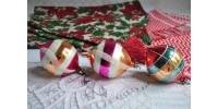 Boules de Noël anciennes en verre soufflé