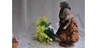 Santon de Provence en argile : vieille paysanne