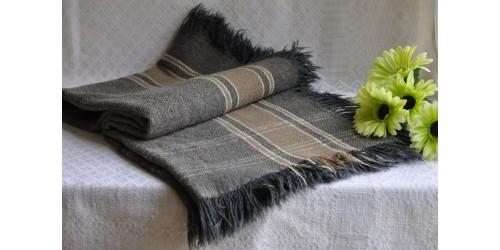 Châle de voiture ancien en laine rustique