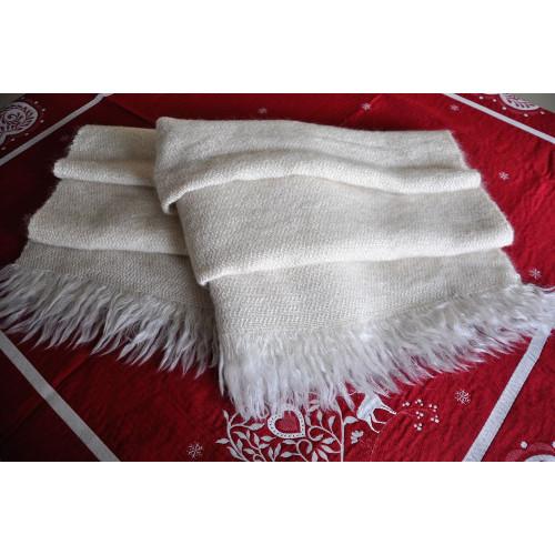 Châle/jeté artisanal en mohair et laine