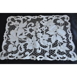Stunning Set Of Madeira Embroidery Placemats
