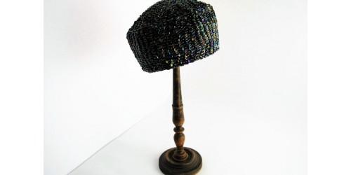Chapeau pillbox années 1960 fait à la main