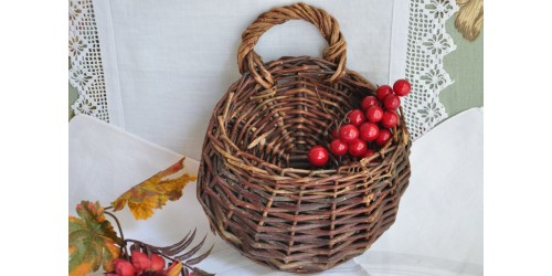 Small Willow Wall Hanging Basket
