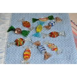 Bonbons en verre soufflé façonnés à la main