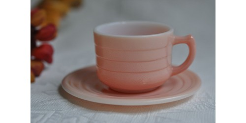 Tasse rose du service  Hazel Atlas Little Hostess