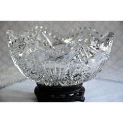 Bol ancien en cristal taillé à la main 19e