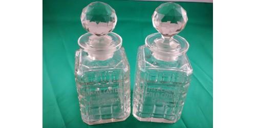 Paire de carafes en cristal vintage Melchers Distilleries Ltd