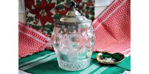 U.S. Glass Manhattan Pattern Cookie Jar