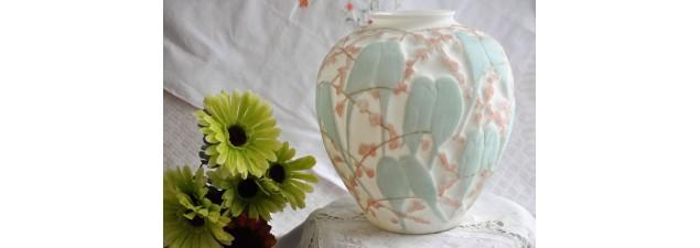 Vase Lovebirds