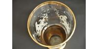 Vase ancien à motif biblique Ève et le serpent