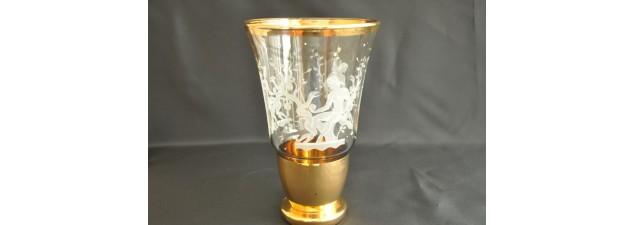 Vase avec scène mythique