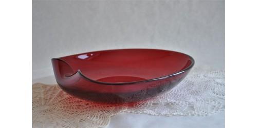 Grand plat en verre soufflé et façonné à la main